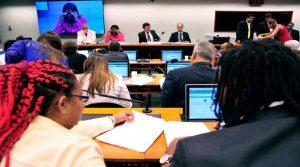 Dr. Sergio Senna em reunião da CPI da Violência contra Jovens Negros