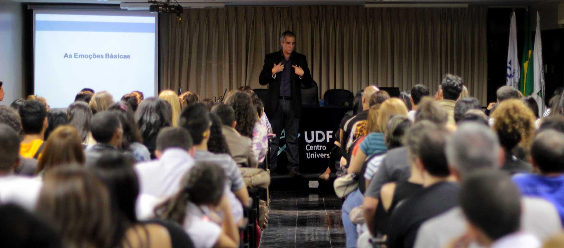 Palestra no Centro Universitário de Brasília